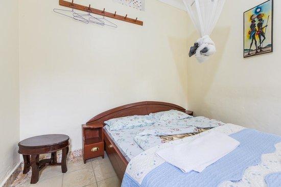 Sawasawa Guest House : Room at Sawasawa