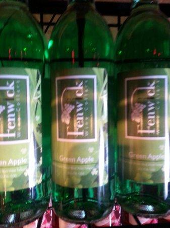 Green apple fruit wine