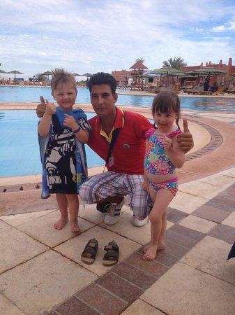 Hauza Beach Resort: Bob in hauza