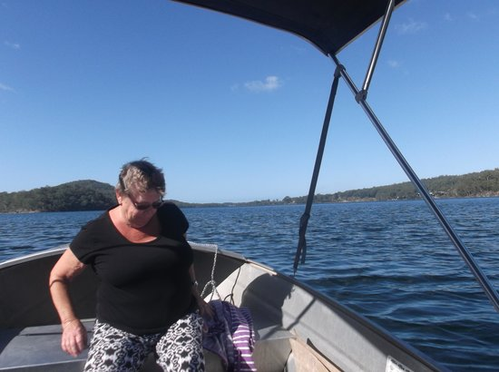 Lake Conjola Entrance Holiday Park: you can hire a boat from the post office.