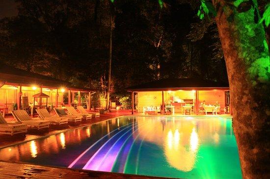 La Cantera Jungle Lodge: Espace piscine