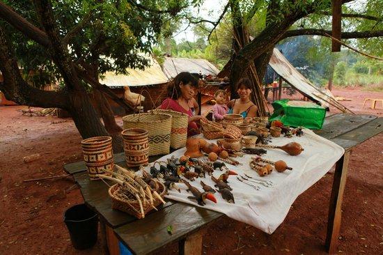 La Cantera Jungle Lodge: Les guaranis, tribu voisine