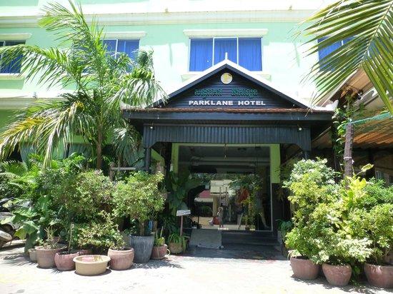 Parklane Hotel: 外観