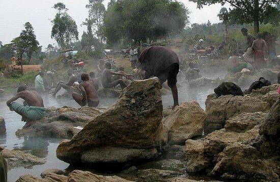 Western Region, Uganda: Bathers Kitagata Springs