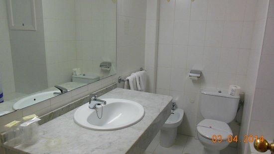 Presidente Hotel : badkamer