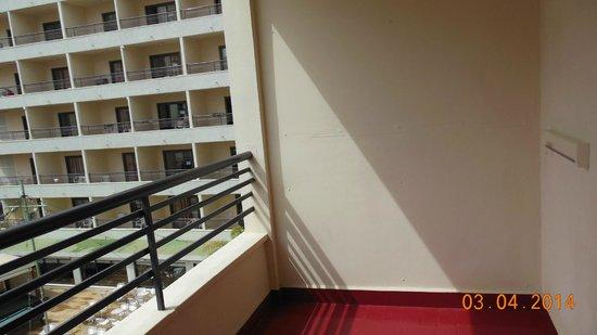 Presidente Hotel: balkon achterzijde
