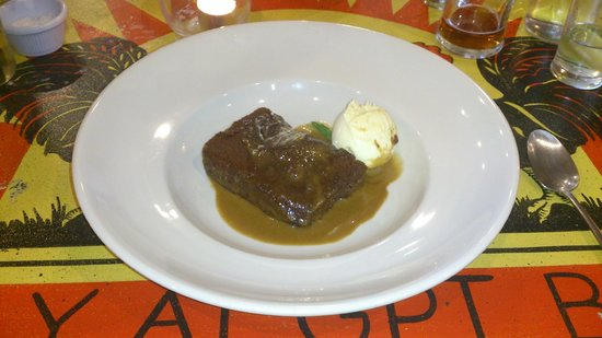 GPT Smokehouse: Sticky toffee pudding! Delightful!
