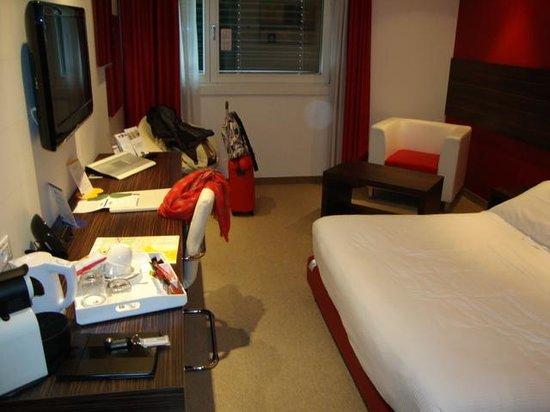 B&B Hotel Trento: habitación