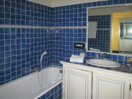 Hotel L'Aréna : Il bagno della camera 51