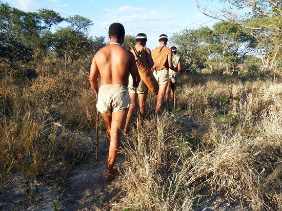 Dinaka Safari Lodge: Bushman