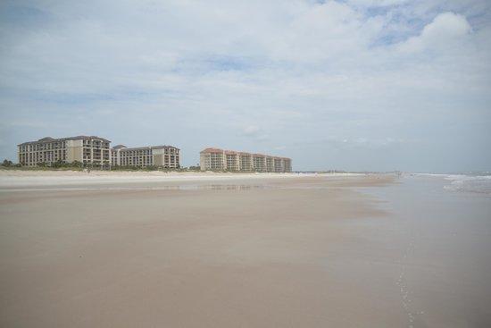 The Ritz-Carlton, Amelia Island : Wide open beach at low tide