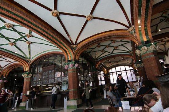 Palau de la Musica Orfeo Catala: カフェテリア