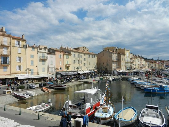 St. Tropez Harbor : a lovely town