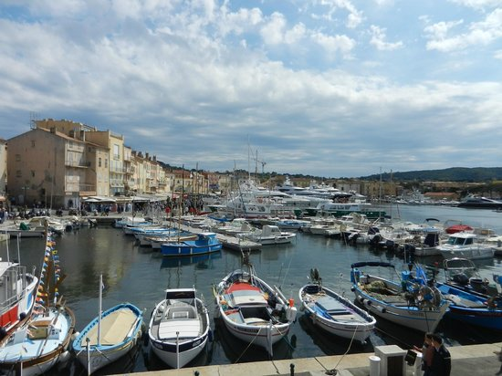 St. Tropez Harbor : Overlooking the Harbour