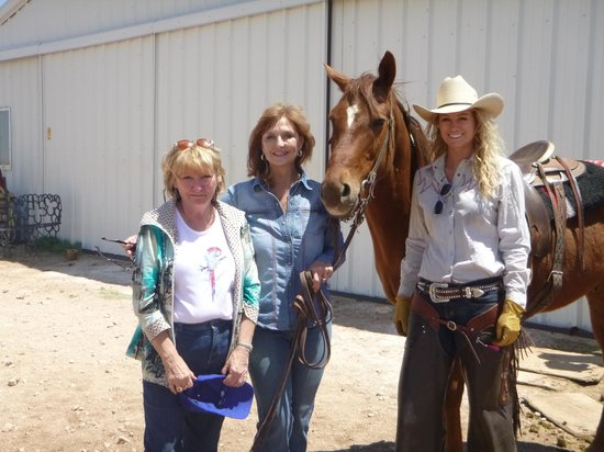 Cowgirls and Cowboys in the West: Jan and our Cowgirl Guides