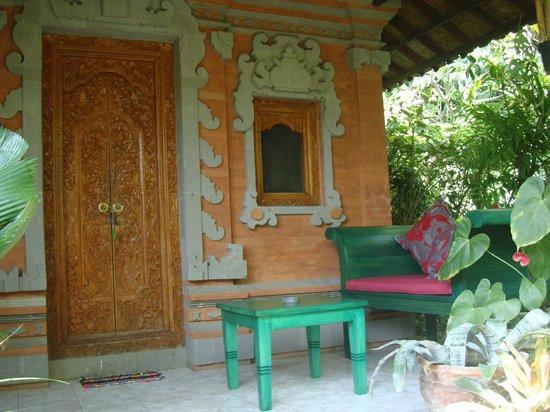 Geria Giri Shanti Bungalows : Garden bungalow