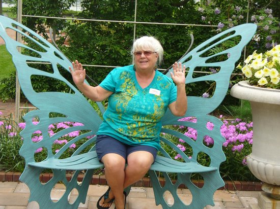 Lewis Ginter Botanical Garden: Neat butterfly chair