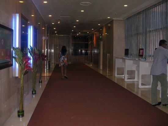 Novotel Singapore Clarke Quay: Komputer yang bisa disediakan di hotel