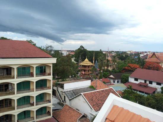 Royal Crown Hotel & Spa: View from Roof Top Bar