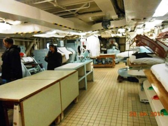 Britannia (navire) : Huge Laundry onboard