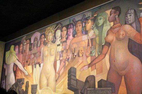 Museo Nacional de Antropología: Art inside the Museum