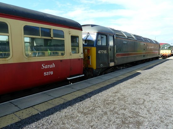Wensleydale Railway : diesel at Leeming Bar