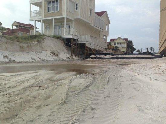 Edgewater Beach Condominium: Damage from parking lot