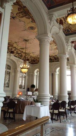 Westminster Hotel & Spa : В этой зале завтракают и ужинают