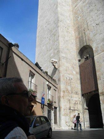 Torre dell'Elefante: la torre con la vista del elefante que le da el nombre
