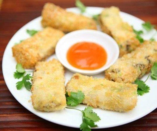 An Phuc vegetarian restaurant: Fruit spring rolls