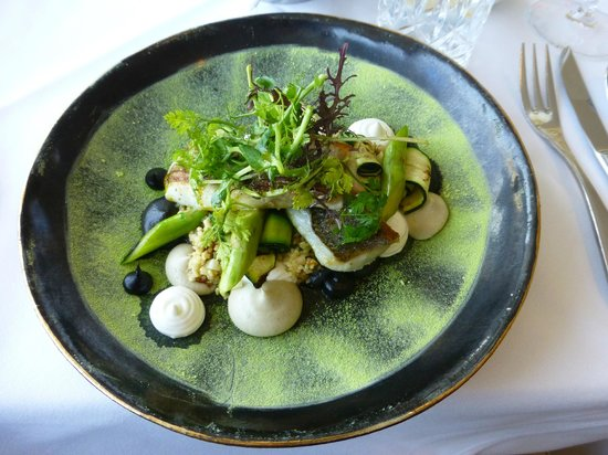 Carlton Tel Aviv : Fish for lunch