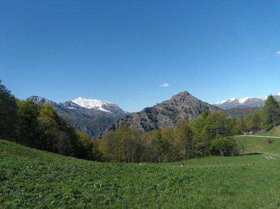 Piani D'Erna: le montagne