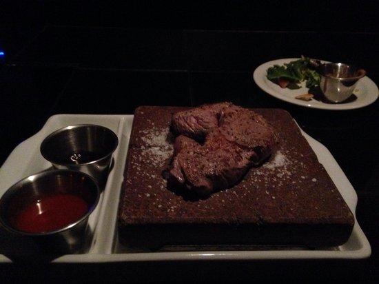 Anasazi Steakhouse & Gallery : Steak on the 700* volcano rock