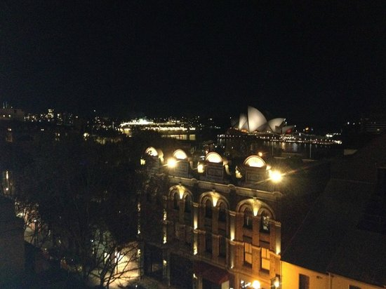 Rendezvous Hotel Sydney The Rocks: View by Night from Studio Room with Balcony 5th Floor