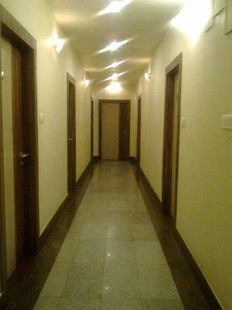 The Boulevard Hotel: Hotel Boulevard: Corridor