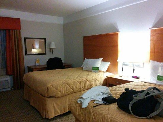 La Quinta Inn & Suites Brenham: Clean room
