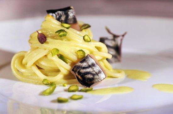 Ristorante Conca Bella: Spaghetti pistacchi di bronte e principe azzurro