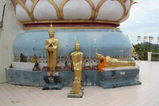 Big Buddha Temple (Wat Phra Yai): Tenpelanlage