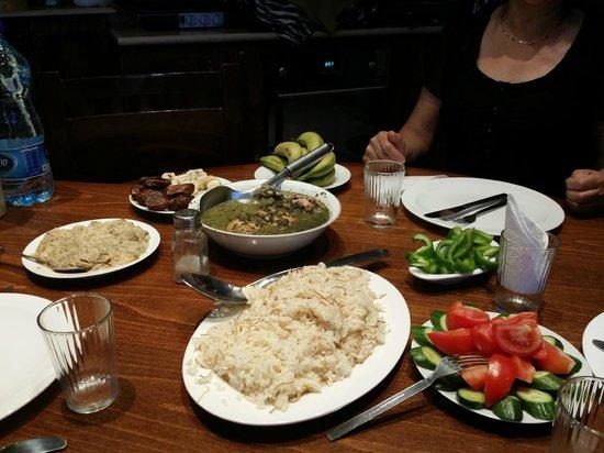 Khouriya Family Guesthouse: Rawda's wonderful cooking!