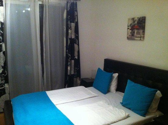 Nova Apartments: Habitación