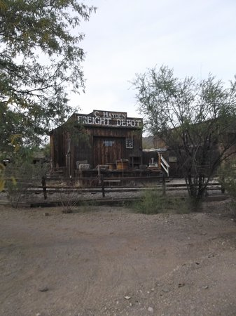 Old Tucson: Freight depot