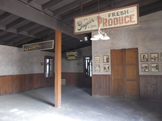 Old Tucson: Fresh produce