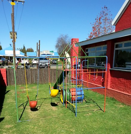 The Gourmet Barn: Kids outdoor play area
