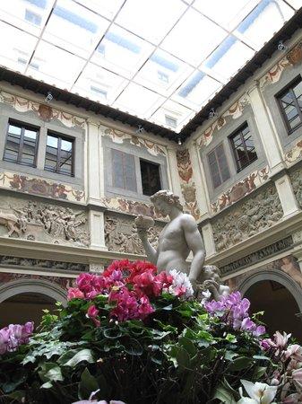 Four Seasons Hotel Firenze: Palazzo lobby