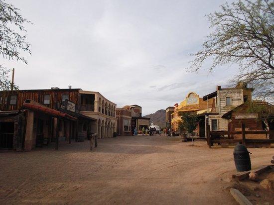 Old Tucson: Street.