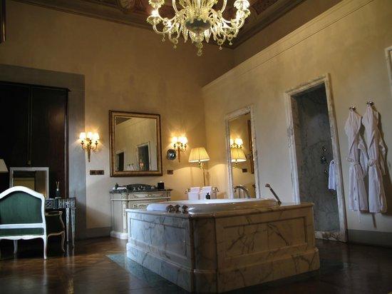 Four Seasons Hotel Firenze: Renaissance room