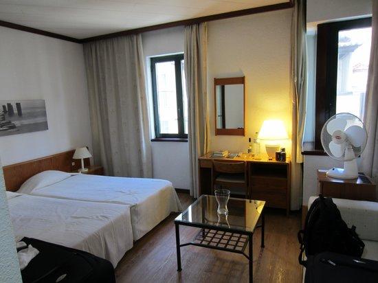 Windsor Hotel: værelse mod gaden