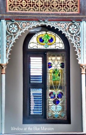 Cheong Fatt Tze - The Blue Mansion: upstairs hinged glass windows