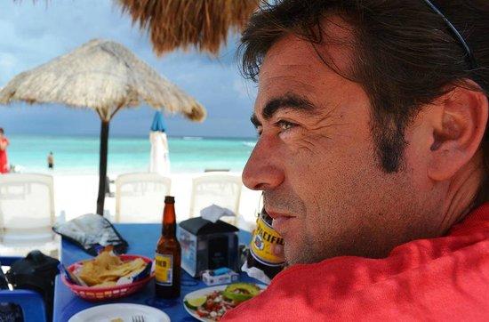 Xpu-ha Beach: Exquisito almuerzo en Xpu-Ha