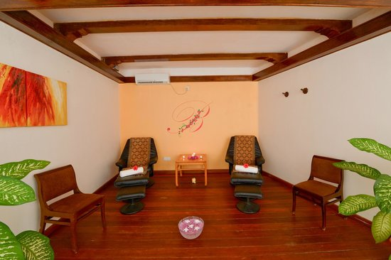 smartline Eriyadu: Bougain Spa Lounge